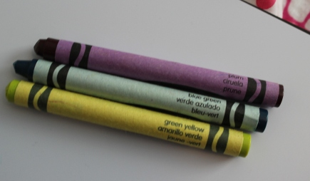 crayola crayons plum blue green green yellow